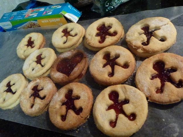 Linzer cookies jam sandwich cookies shortbread