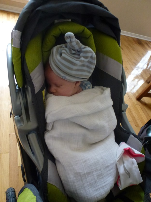 Double swaddle and warm hat
